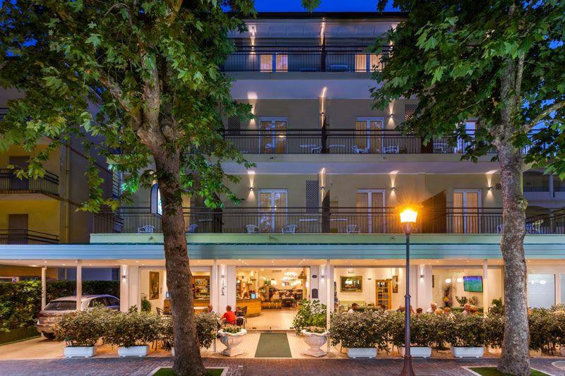 Foto Hotel Ala esterno