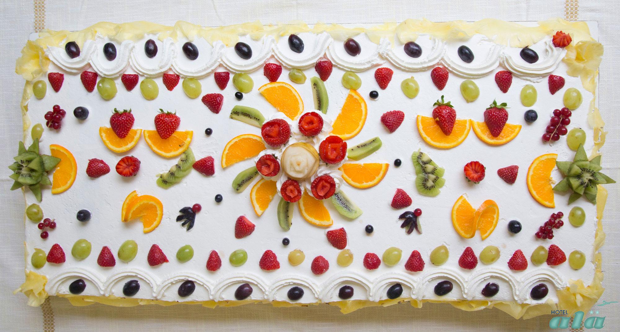 torta-di-frtutta-hotel-ala-riccione
